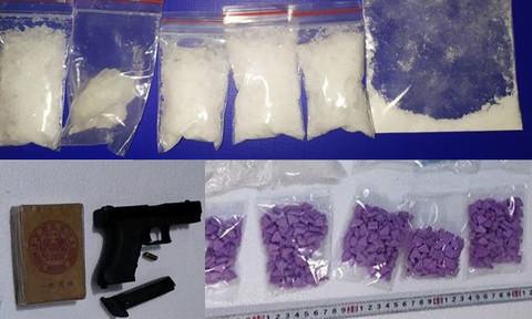 Đồng Nai: Triệt phá đường dây ma túy lớn, thu 2 khẩu súng