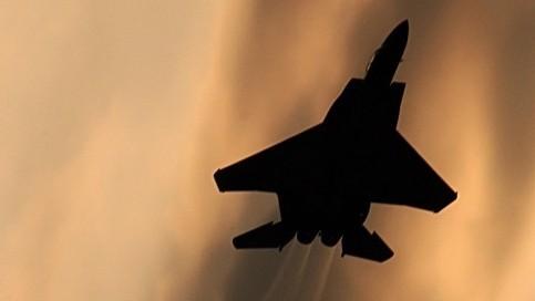 Hệ thống Vòm Sắt Israel suýt bắn hạ máy bay F-15 đồng đội trong cuộc chiến Gaza