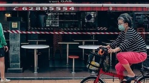 Covid-19: Singapore khuyến cáo người dân ở yên trong nhà, Malaysia cấp phép bộ dụng cụ kiểm tra nhanh