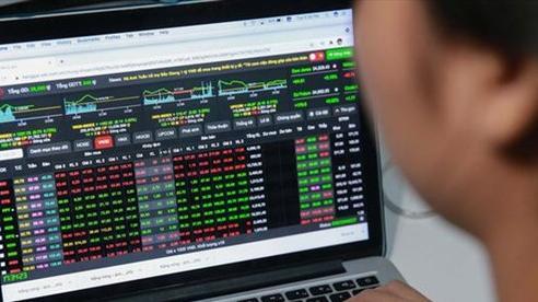 VN-Index lại mất hơn 13 điểm, lùi về gần mốc 1.200 điểm