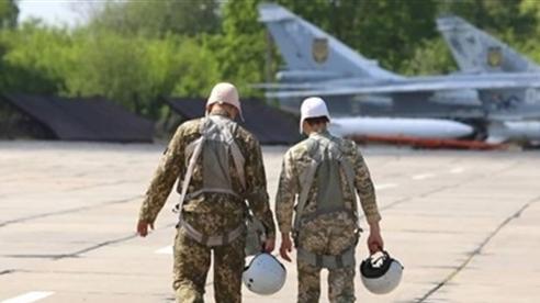 Không quân Ukraine gặp nguy khi phi công giải ngũ hàng loạt