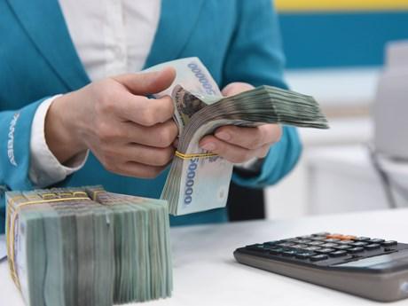 Dồn dập tăng vốn điều lệ, ngân hàng tính đường dài với Basel III