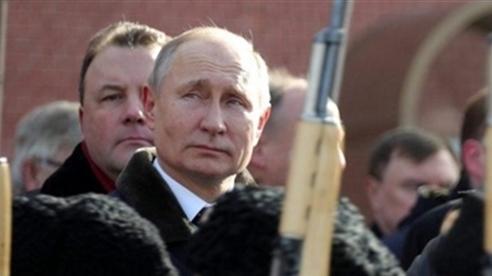 Nghị sĩ Ukraine chỉ ra 'cảnh báo sắc lạnh' của ông Putin