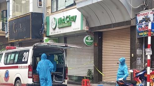 Phong tỏa tạm thời khu vực tại phố Thụy Khuê do liên quan ca dương tính