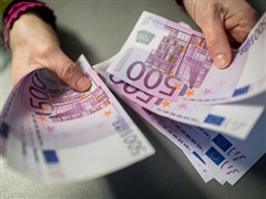 EU xem xét thành lập cơ quan chống rửa tiền của châu Âu