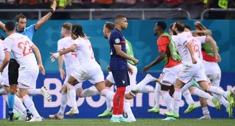 EURO 2020: Tăng trận, tham tiền, rồi sao?
