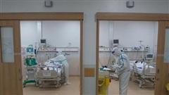 Bệnh nhân Covid-19 TP.HCM: Nhìn bác sĩ, tôi hối hận vì hành động ban đầu của mình