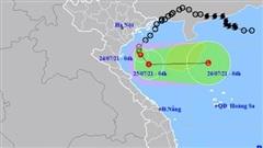 Áp thấp nhiệt đới cách Nam Định-Ninh Bình khoảng 120 km