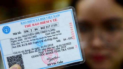 Có bắt buộc dán ảnh, tự dán ảnh lên thẻ BHYT có hợp pháp?