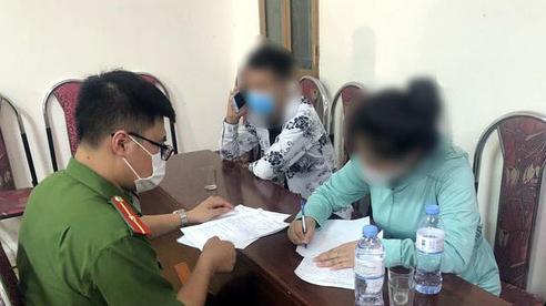 Phạt 30 trường hợp ra ngoài không lý do ở Đông Anh, Hà Nội