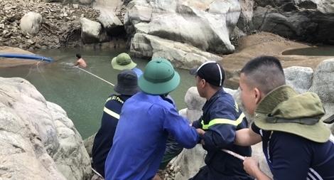 Tập trung tìm kiếm thi thể nạn nhân tại các vị trí còn lại trên sông Rào Trăng