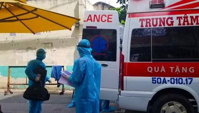 TP Hồ Chí Minh huy động thêm phương tiện chuyển bệnh nhân Covid-19