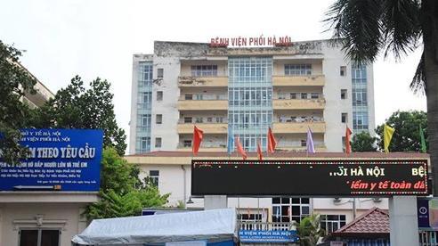 Cách ly y tế Bệnh viện Phổi Hà Nội sau khi phát hiện 24 ca Covid-19