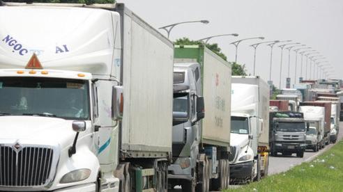Đề nghị CSGT dẫn đoàn phương tiện có nhu cầu đi các tỉnh phía Nam ra khỏi TP Hà Nội