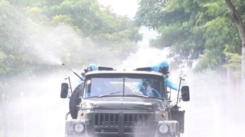 Ba công nhân mắc Covid-19, cách ly hàng loạt khu dân cư ở Hà Nội