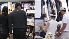 Bị bắt gặp cùng nhau đi mua sắm, Son Ye Jin và Hyun Bin như đang tái hiện lại cảnh bí mật hẹn hò tại Mỹ cách đây 2 năm