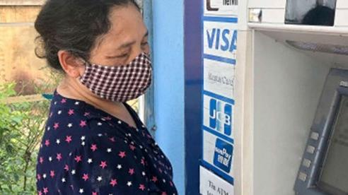 Hà Nội: Chi trả lương hưu cho người hưởng mới qua tài khoản cá nhân, tại nhà