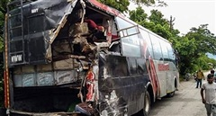 Tai nạn xe bus nghiêm trọng tại Ấn Độ, ít nhất 18 người chết