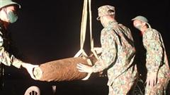 Tiêu hủy an toàn quả bom nặng 230kg phát hiện tại khu vực gần cầu Chương Dương