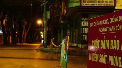 Hà Nội thiết lập nhiều chốt kiểm soát dịch Covid-19 trên địa bàn các phường
