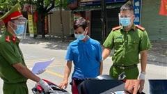 Hà Nội: Bắt đối tượng mang theo ma túy khi qua chốt kiểm soát dịch Covid-19