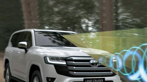 Toyota Land Cruiser thế hệ mới: Mạnh mẽ nhưng gợi cảm, kết nối cảm xúc