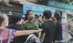Công an vào cuộc xử lý vụ 2 vợ chồng đòi 'thông chốt' kiểm soát dịch ở Yên Phụ