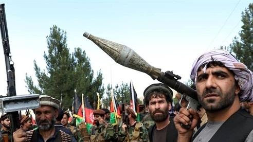 Hàng ngàn quân Taliban áp sát căn cứ Mỹ tại Afghanistan