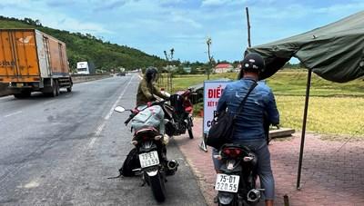 Thêm một người đi xe máy từ Bình Dương về Hà Tĩnh nhiễm Covid-19