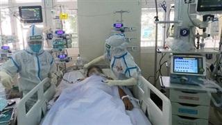 Bệnh viện Chợ Rẫy nâng lên hơn 200 giường hồi sức bệnh nhân Covid-19 nặng