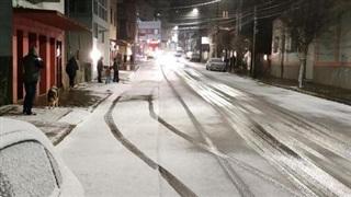 Nhiều nơi tại Brazil lần đầu có tuyết rơi