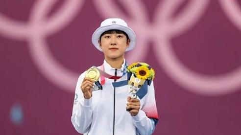 Thâu tóm ba huy chương vàng, cung thủ 20 tuổi Hàn Quốc đi vào lịch sử Olympic