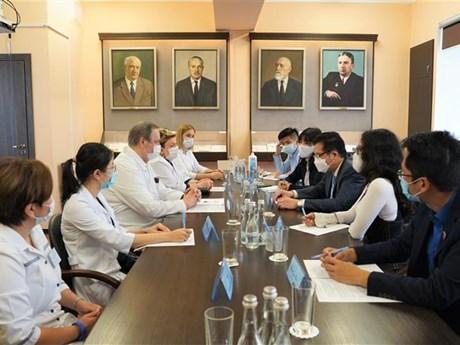 Việt-Nga trao đổi kinh nghiệm về phục hồi cho bệnh nhân COVID-19