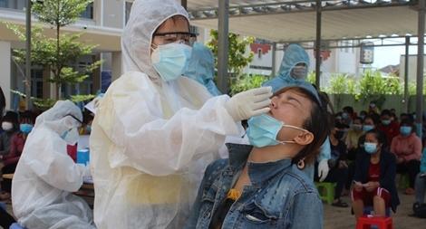 Một công ty '3 tại chỗ' phát hiện gần 60 ca nhiễm COVID -19