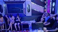 Bắt giữ 9 nam nữ sử dụng ma túy trong quán karaoke ở Vĩnh Phúc
