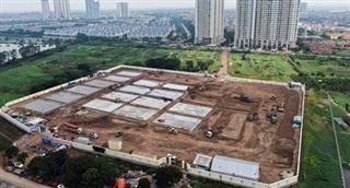 Cận cảnh bệnh viện dã chiến quy mô 500 giường đang xây dựng ở Hà Nội