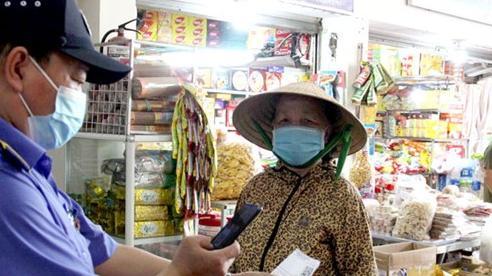 Tiểu thương Đà Nẵng thực hiện nghiêm giãn cách tại các chợ