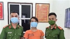 Chốt phòng chống dịch ở Hà Nội bắt thanh niên trốn truy nã