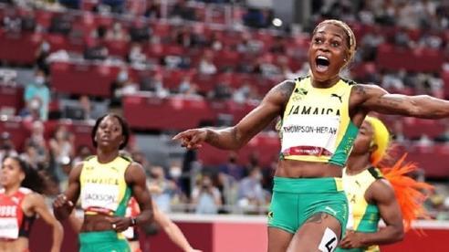 Thompson-Herah bảo vệ ngôi hậu đường chạy 100m nữ, phá kỷ lục Olympic