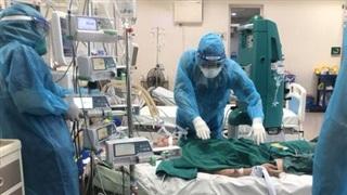 Lập tổ công tác điều phối máy thở điều trị COVID-19 toàn quốc
