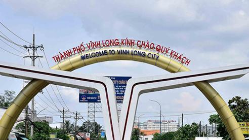 Vĩnh Long kêu gọi cán bộ góp 10 ngày lương ủng hộ dân bị ảnh hưởng do dịch