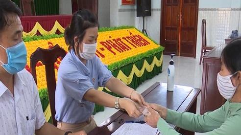 Huyện Phù Cát (Bình Định): Chi trả hơn 245 triệu đồng hỗ trợ lao động gặp khó khăn do dịch Covid-19