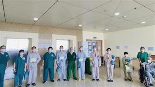 TP HCM: Bảo vệ nguồn lực y tế để chiến đấu với dịch bệnh lâu dài