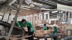 Công ty Lam Hoàng Phát thực hiện 'ba tại chỗ' đảm bảo duy trì sản xuất