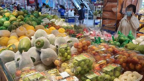 Nhiều tỉnh, thành đưa nông sản, thực phẩm về TP HCM tiêu thụ