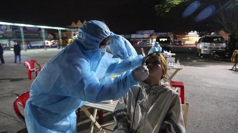 Vi phạm cam kết, phụ xe dương tính SARS-CoV-2 có thể bị khởi tố