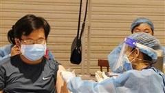 Đẩy nhanh tiến độ tiêm vaccine và hỗ trợ cho người lao động tại Bình Dương