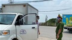 Xử phạt gần 900 trường hợp trong ngày thứ 12 Hà Nội giãn cách xã hội