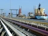 Giá dầu thế giới tăng nhẹ do căng thẳng tại Trung Đông leo thang