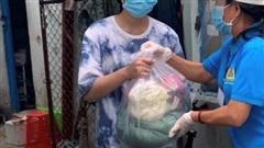 TP Hồ Chí Minh hỗ trợ khẩn cấp 37.000 phần quà cho người có hoàn cảnh khó khăn